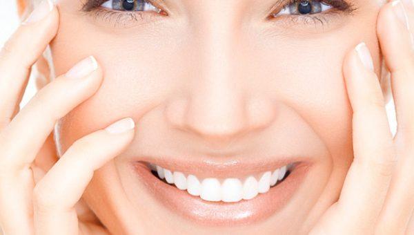 Сияющая кожа и разглаживание морщин. С полипептидами коллагена и экстрактом черной икры