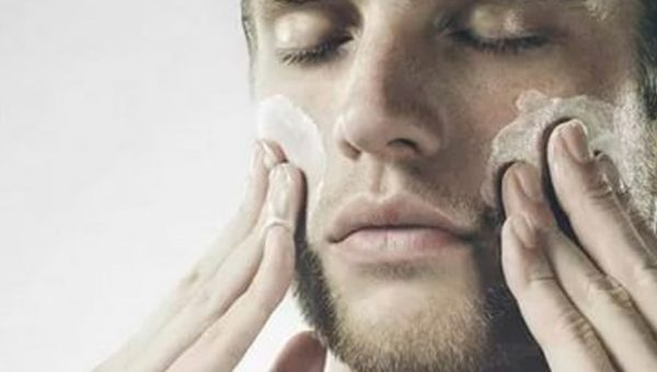 Для мужчин. Великолепная швейцарская процедура восстанавливающего ухода с ультразвуковым пилингом